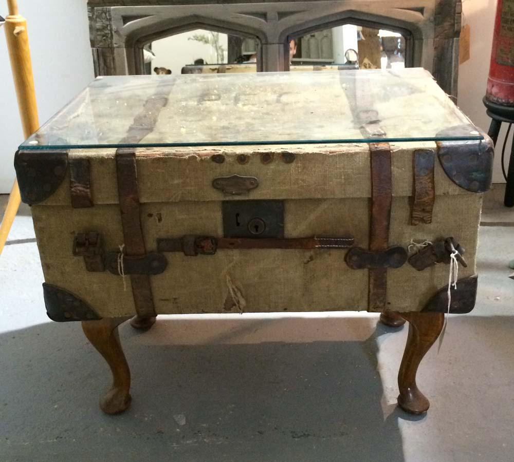 Vintage Suitcase Table, Unit 20