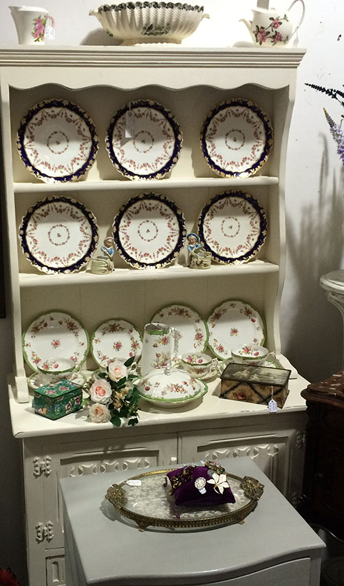 Painted Oak Cottage Dresser, Unit 6 Interiors