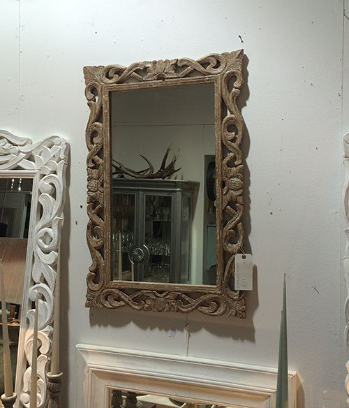 Distressed Mirror, Interiors