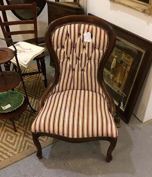 Sweet button back chair, Unit 40 Interiors