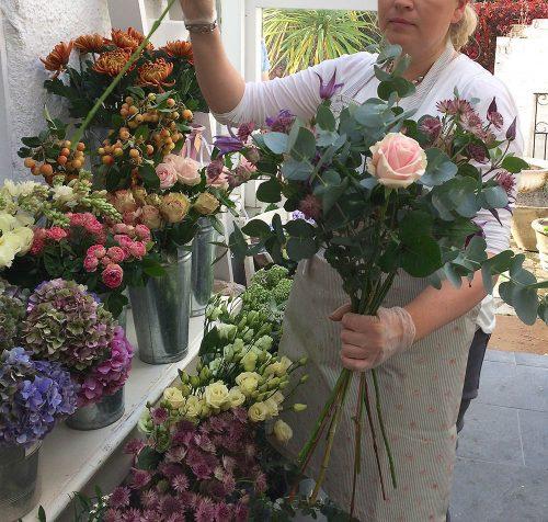 flower-arrangement-weston-on-the-green