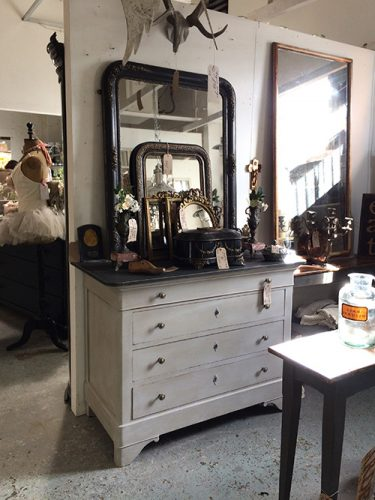 french-commode-unit-2-interiors