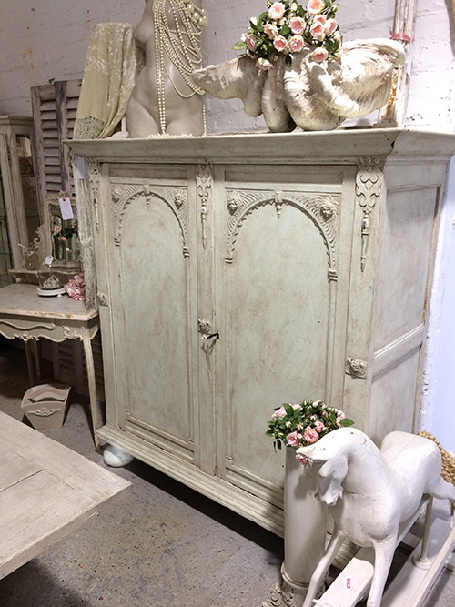French Linen Cupboard, Unit 30 Interiors