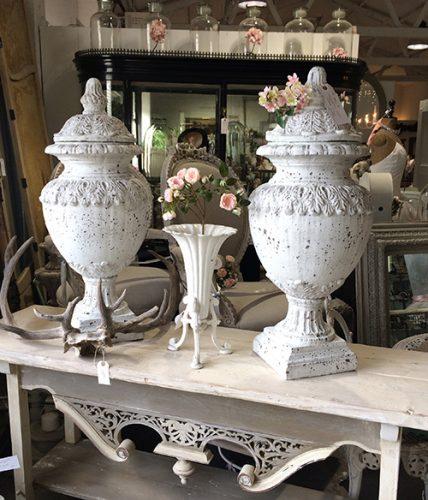 indoor-decorative-urns-unit-30-interiors